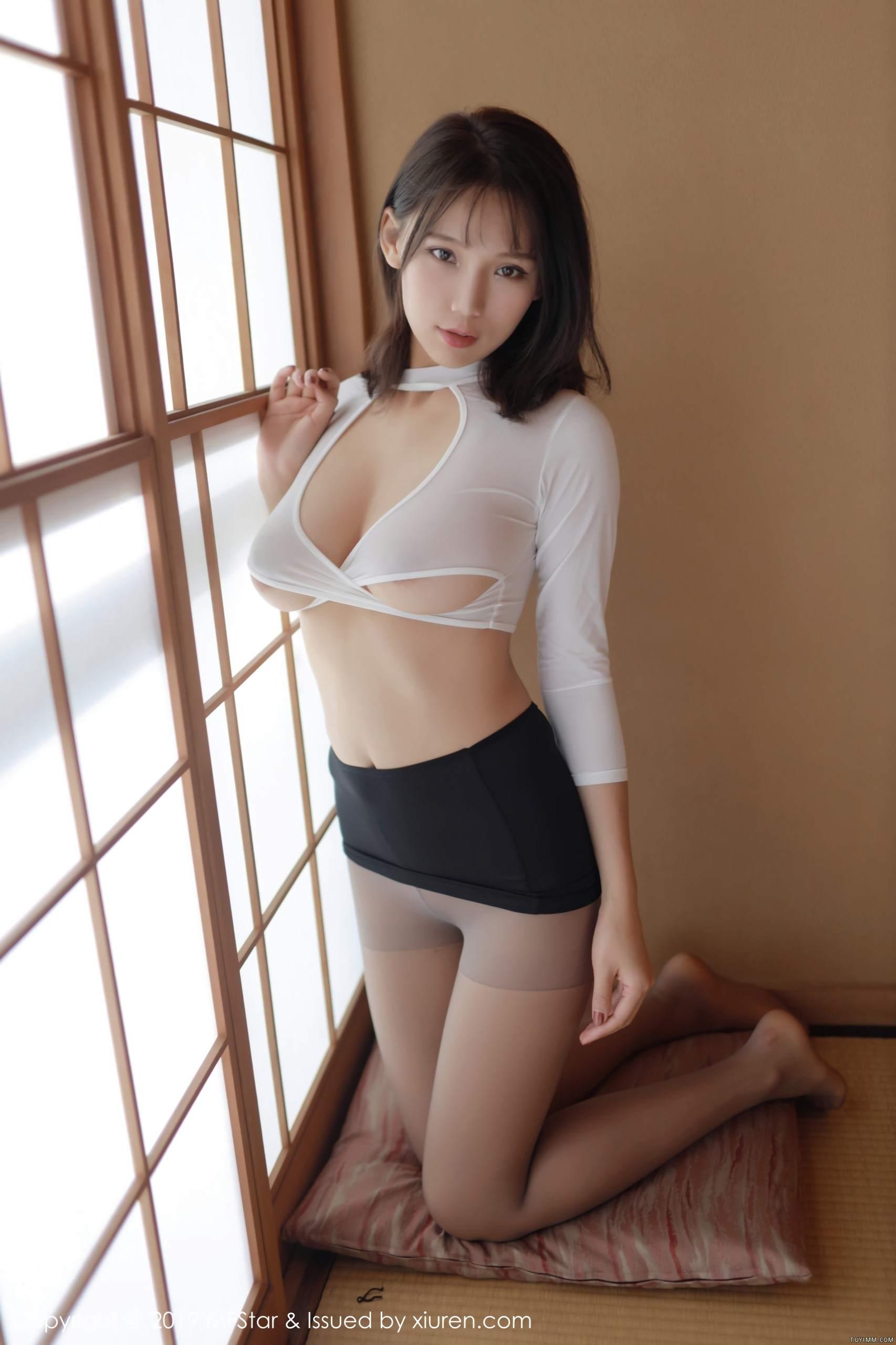 [福利]风骚模特黑丝美腿床上无遮挡人体艺术写真-第4张图片-哔哔娱乐网