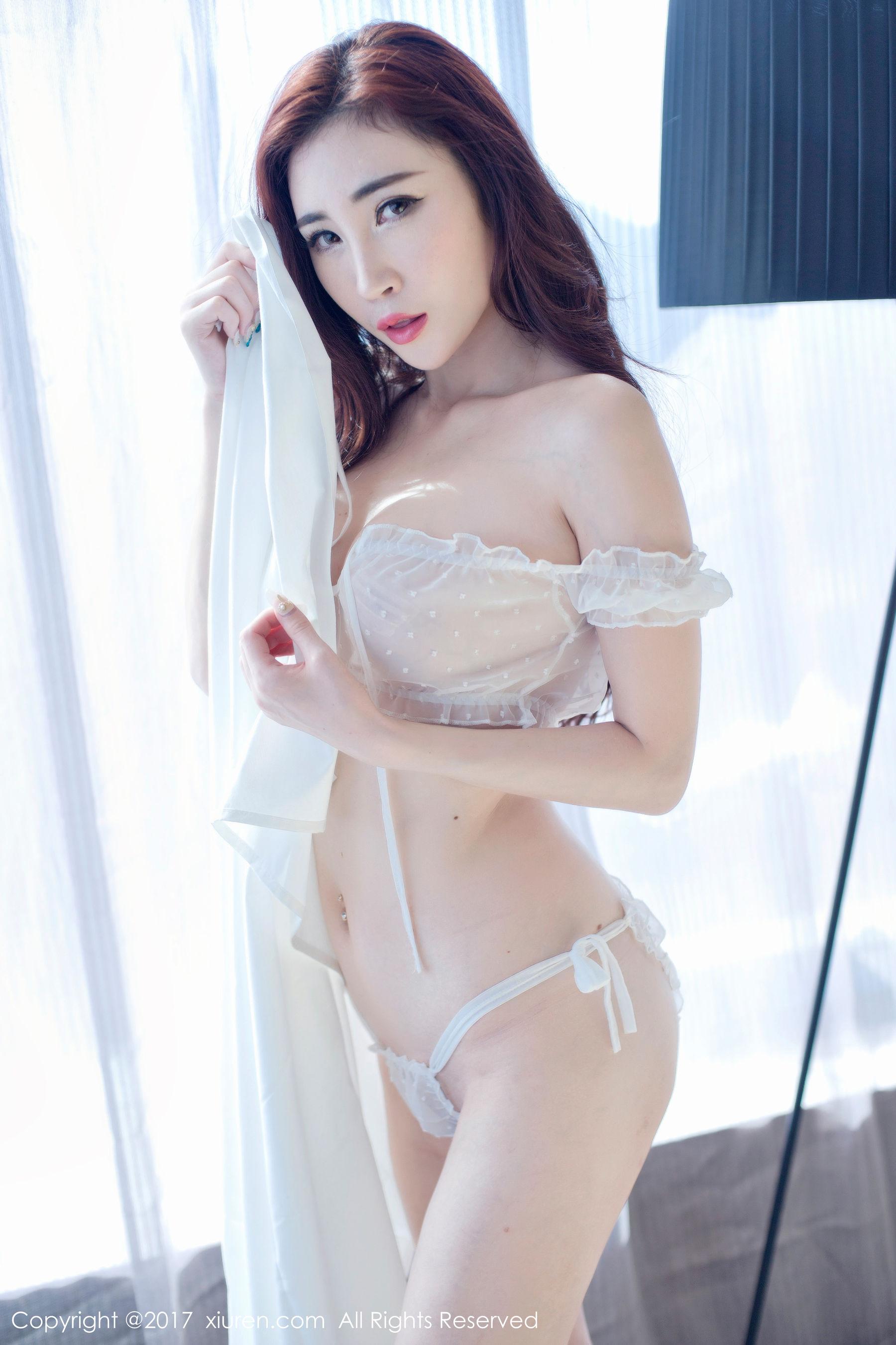 孙梦瑶V蕾丝透明纱衣+黑色镂空文胸-第6张图片-哔哔娱乐网