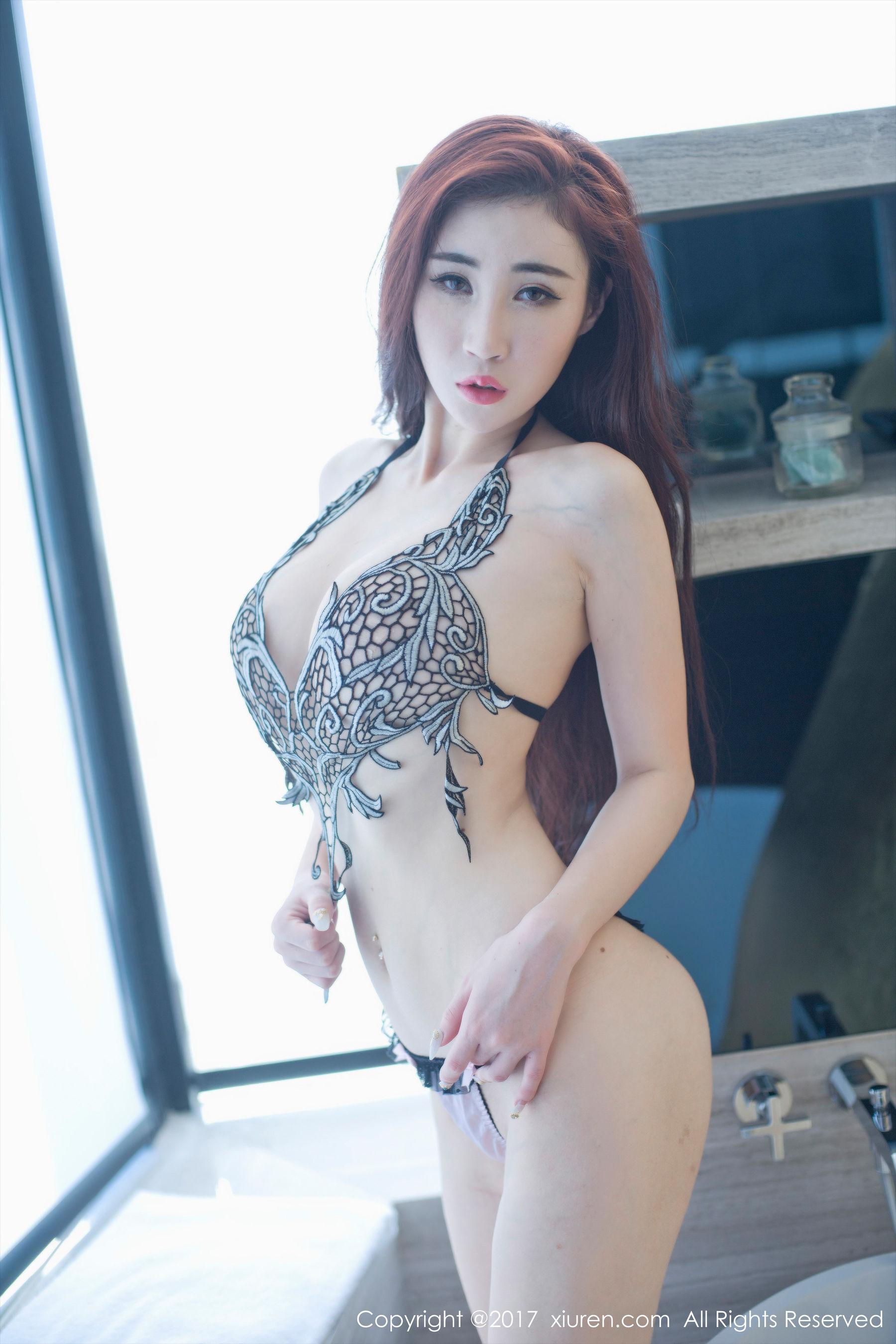 孙梦瑶V蕾丝透明纱衣+黑色镂空文胸-第19张图片-哔哔娱乐网