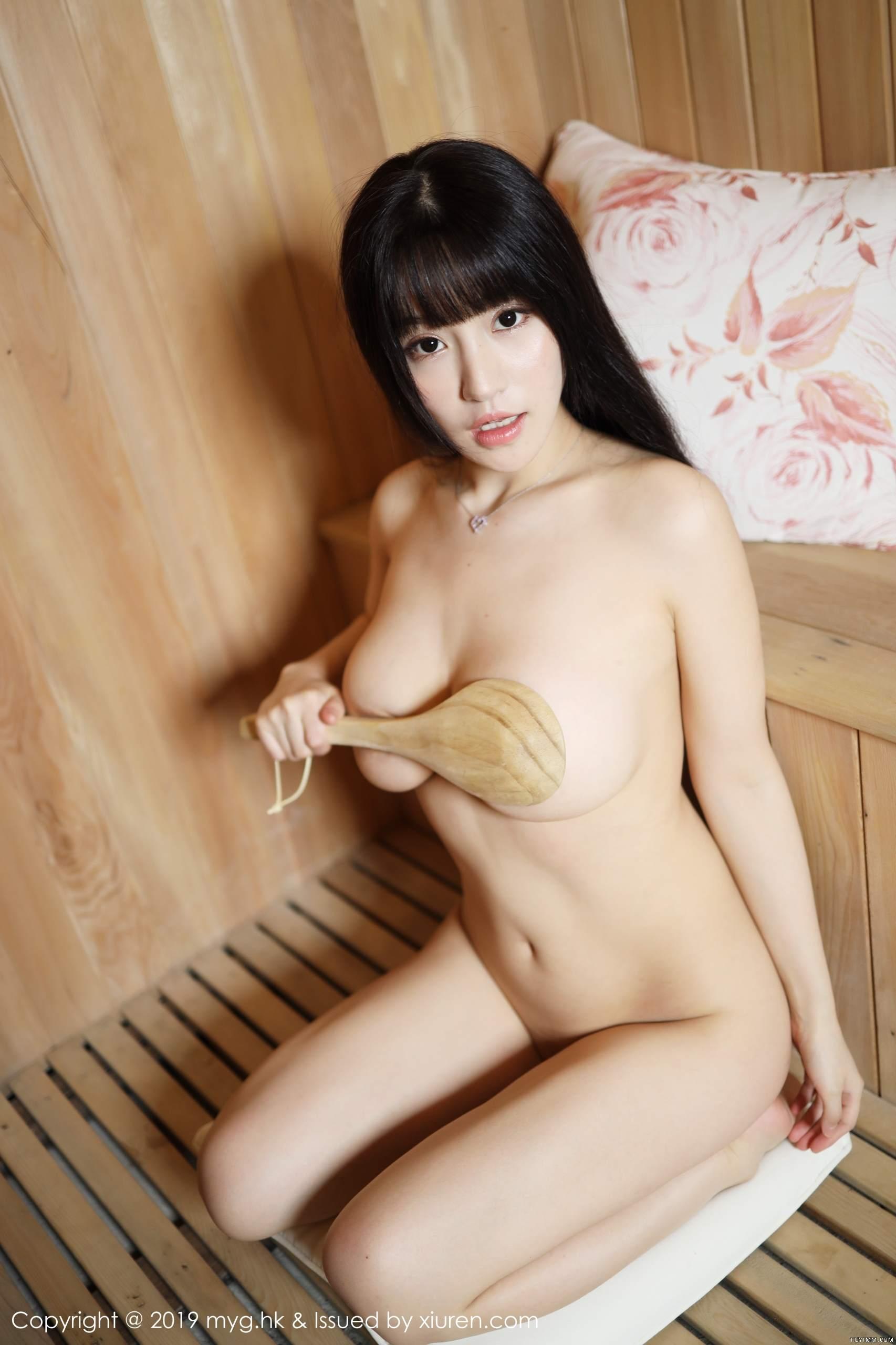 [福利]齐逼露点的豪放美女吸睛爆乳魔鬼身材性感美女-第22张图片-哔哔娱乐网