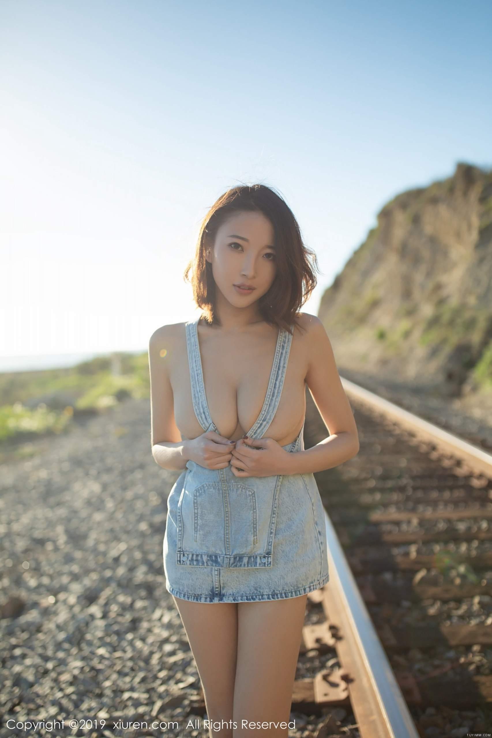 """[福利]栗子Riz的""""小黑娱乐网""""-第31张图片-哔哔娱乐网"""