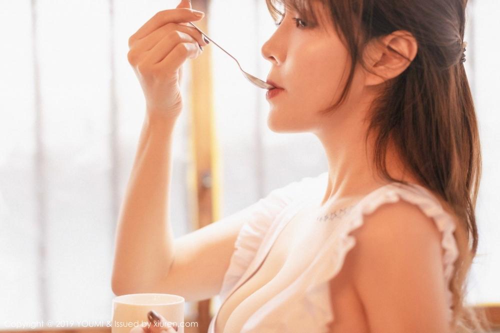 [福利]国模高清人体写真美女穿着情趣女仆在厨房露大胸性器图-第5张图片-哔哔娱乐网